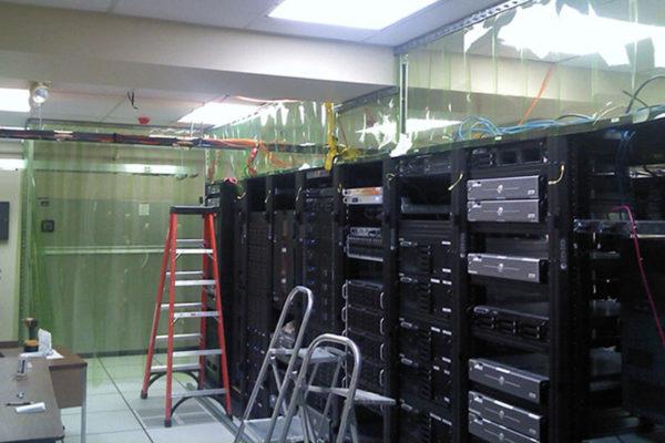 Pas PCV antystatyczny do serwerowni