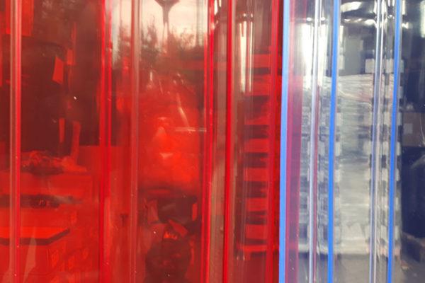 Przejrzysty pas PCV żebrowany czerwony