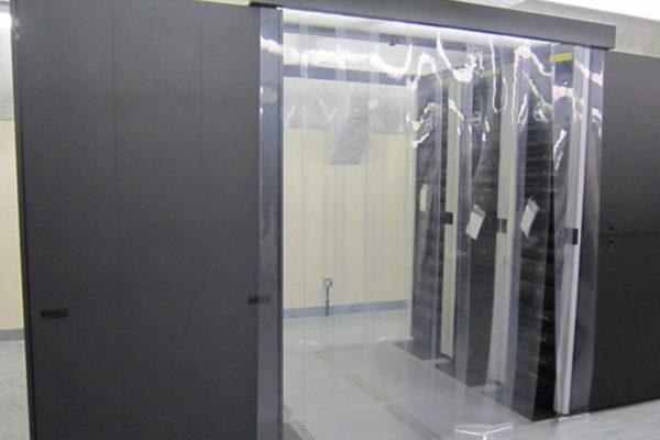 Kurtyna antystatyczna do klimatyzowanych stref w serwerowniach