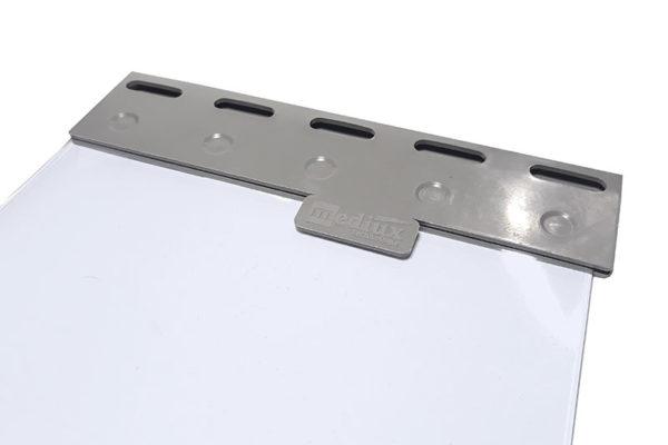 Płytka mocująca PCV EasyClick zaciśnięta na pasie 200x2mm