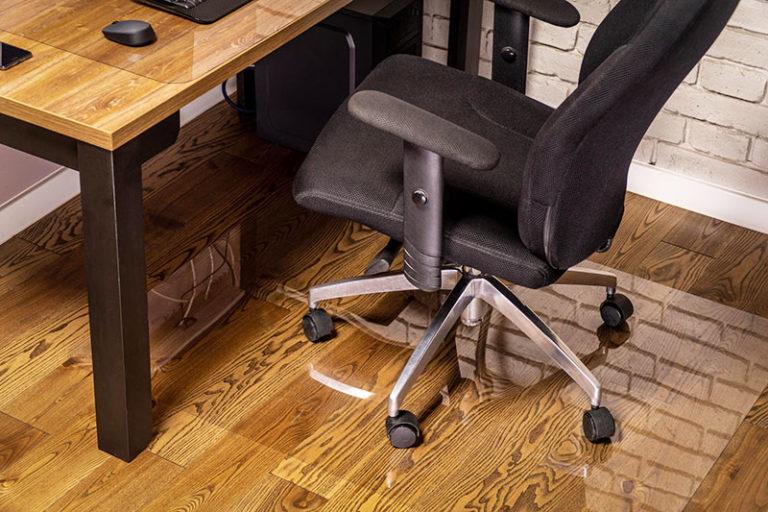Mata ochronna na podłogę pod fotel biurowy, krzesło - chroniąca przed zarysowaniami i tłumiaca hałas