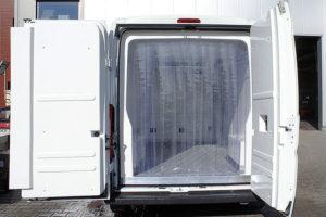 Przesuwna kurtyna do izotermy, dostawczaka, busa o szerokości 230 cm